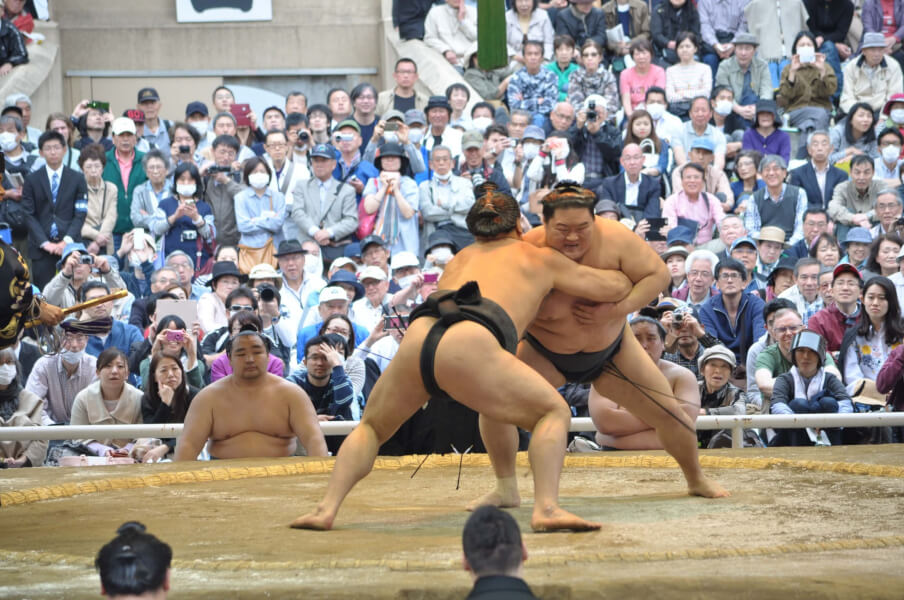 Source : Wikipédia - Sumo au combat - Japon